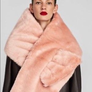 ZARA reversible textured fur scarf!!NWT AWESOME